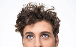 Curly hair pour homme (cheveux bouclés) : Comment faire ?
